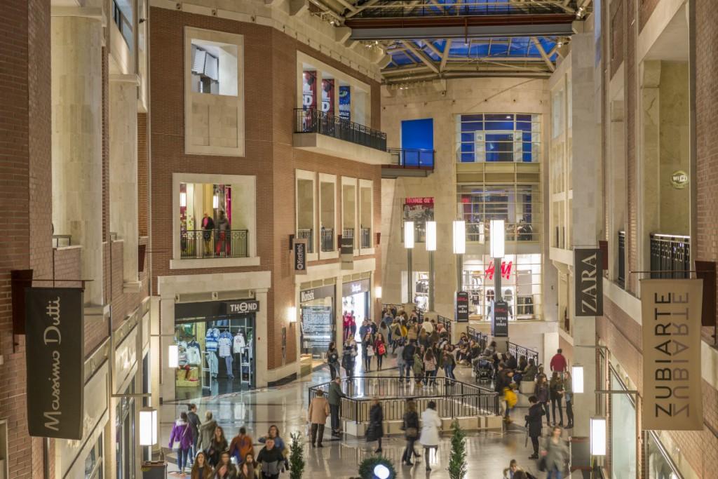 Una ruta por la shopping night de bilbao bilbaoclickbilbaoclick - Centro comercial moda shoping ...
