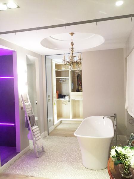 Una bonita casa decorada por pacas interiorismo - Decoracion en bilbao ...