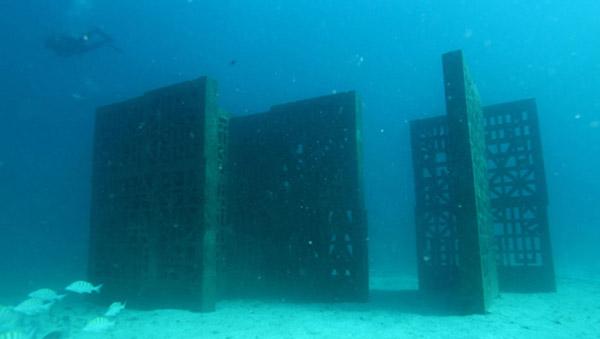 escultura mar