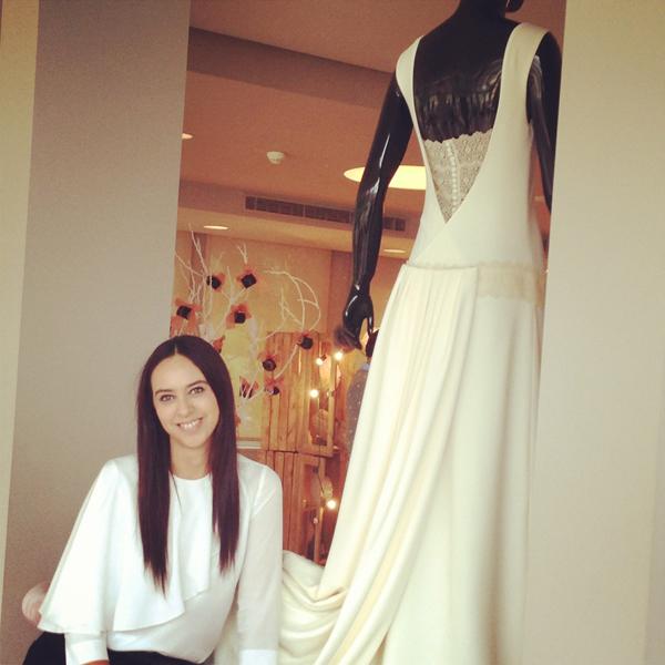 la diseñadora alicia rueda presenta su colección de novia y