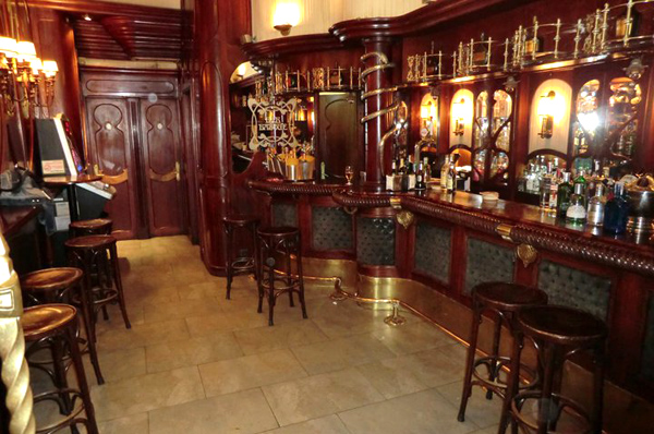 bar-basque-interior-bilbao-bilbaoclick