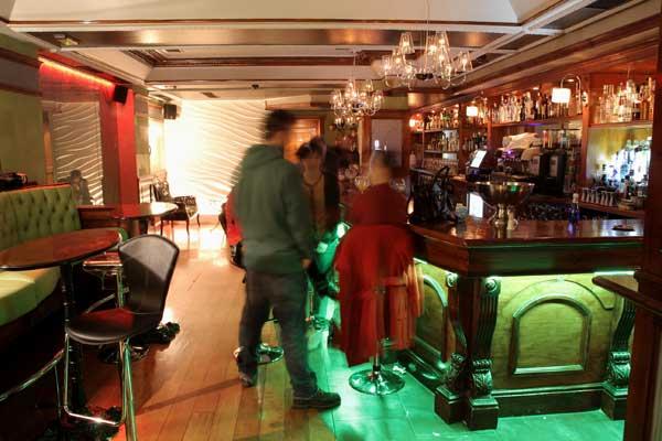 bar-destileria-interior-bilbao-bilbaoclick