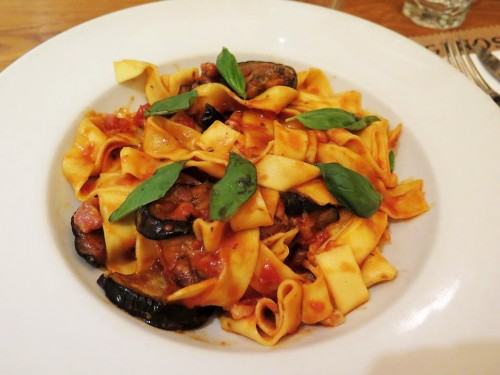 ginos-restaurante-italiano-bilbao