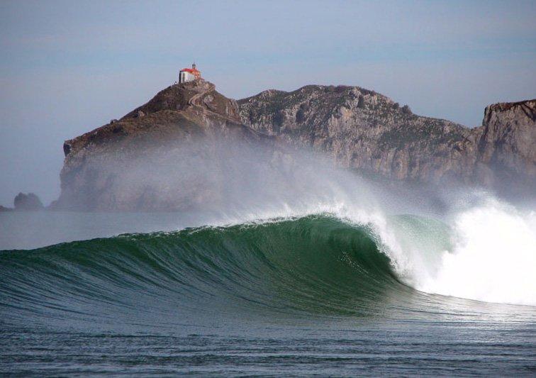 OLA BAKIO surf