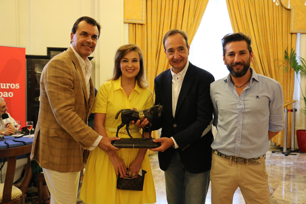 derby-premios_elegancia-derby_gardeazabal-hotel_carlton-aste_nagusia_2015