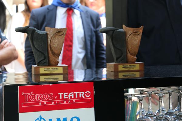 6-premios_toros_y_teatro-terraza_Yandiola-azkuna_zentroa-Aste_nagusia_2015
