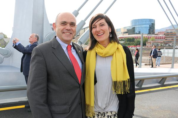 12-puente_frank_ghery-inauguracion-arquitectura_bilbao-deusto_zorratzaurre