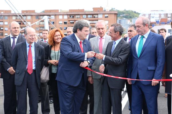 5-puente_frank_ghery-inauguracion-arquitectura_bilbao-deusto_zorratzaurre