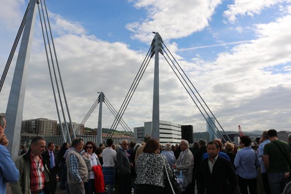 6-puente_frank_ghery-inauguracion-arquitectura_bilbao-deusto_zorratzaurre