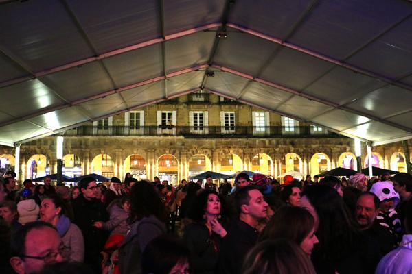 10-carnaval_bilbao_2016-juicio_zarambolas_farolin-ane_zabala-galder_perez