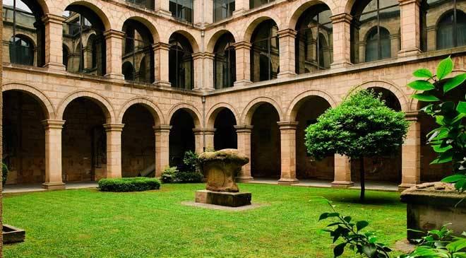 claustro museo vasco bilbao