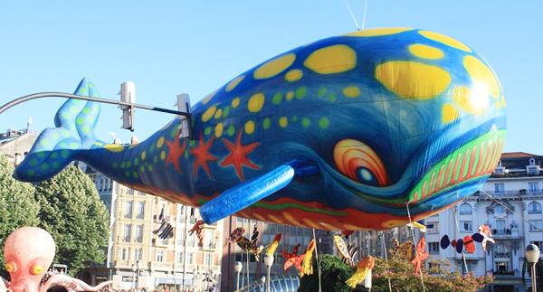 El desfile de la ballena en aste nagusia 2016bilbaoclick for Gimnasio nagusia