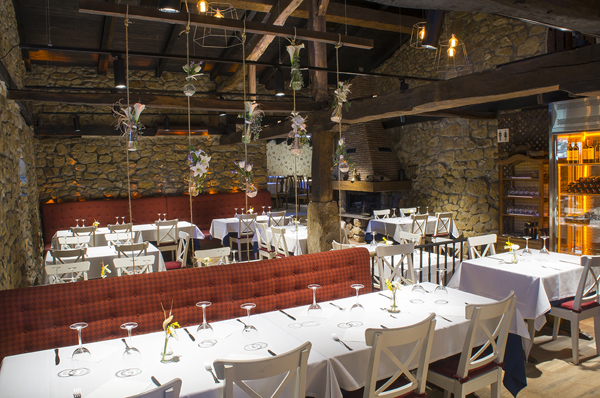 BBQ Restaurant Bilbao Sarriena House
