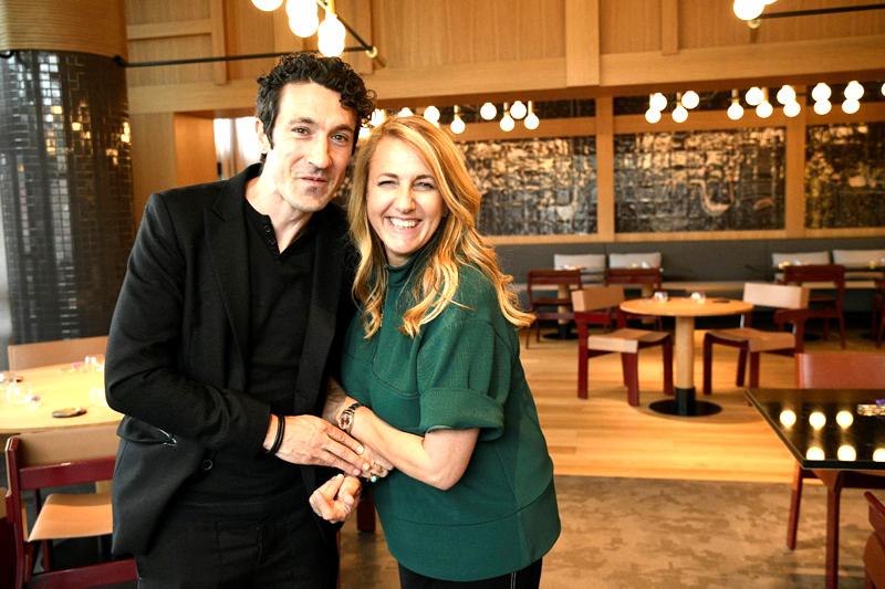 Eneko Atxa en Bilbao con Patricia Urquiola
